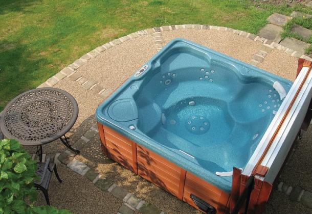 Hot Tubs - Resibond